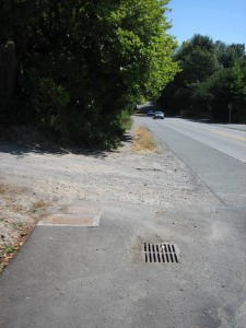 15th Ave NE before walkway construction